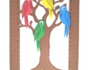 ציפור ישראלית על העץ